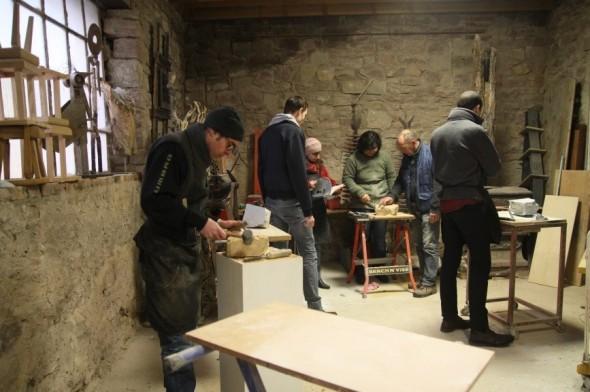 Vidéo : initiation des salariés du Géant des Beaux-Arts à la sculpture sur Stéatite avec Fabio Secco