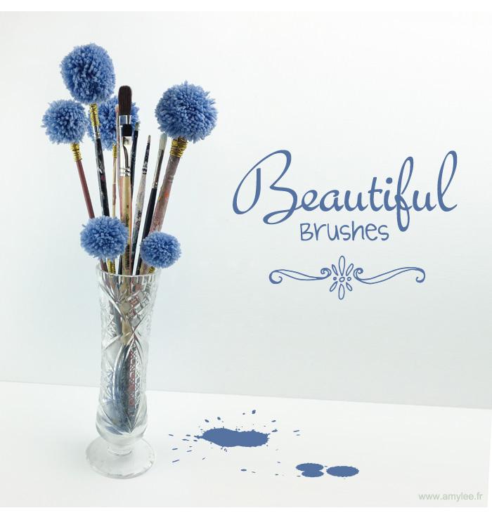 Pompons fleurs avec de vieux pinceaux - Geant beaux arts paris ...