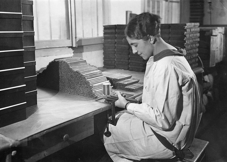 Conditionnement des crayons en 1930