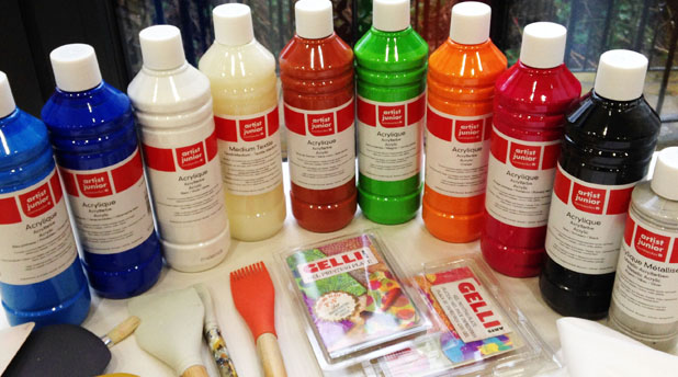 Discover Acrylic with Artist Junior by Jo York