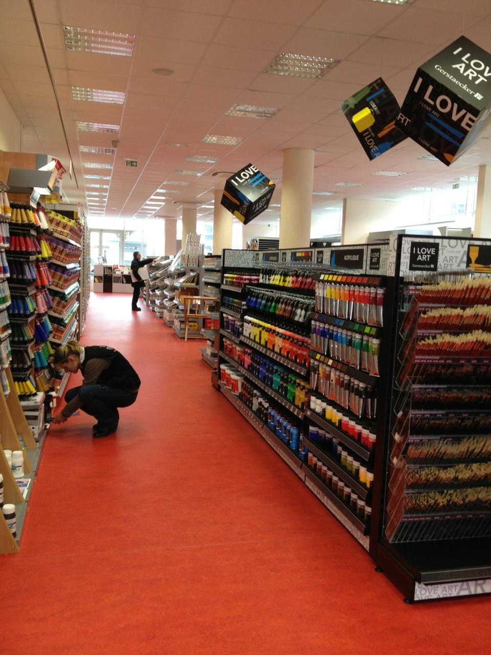 Nouveau magasin lyon c 39 est parti l 39 atelier g ant - Magasin beaux arts nantes ...